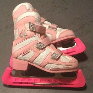 Girls Ice Skates. Size 13.  Jackson Softec.